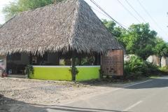 Bunar Tunggal Hoomestay & Resto Tanjung Lesung