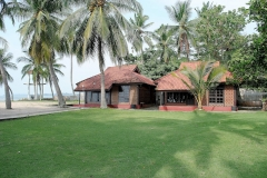 Anyer Siyoni Cottage_2_1